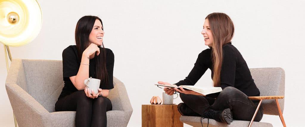 Yvonne und Laura von Kabelbrand Kommunikation