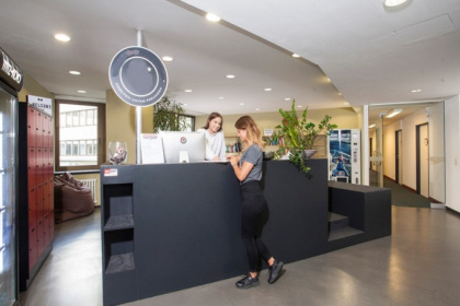 Helle Büroräume in Coworking Space in zentraler Lage